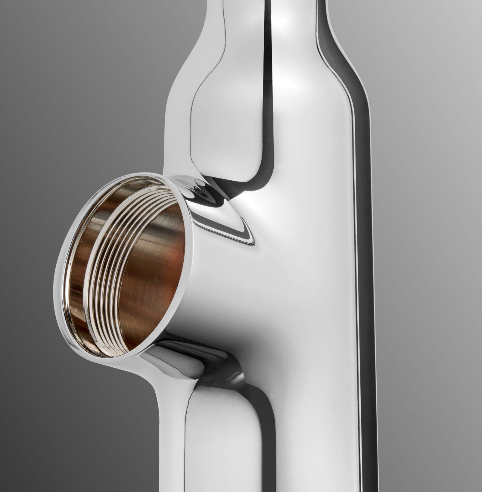 Grundkörper aus verchromtem Zinkdruckguss für eine Sanitärarmatur