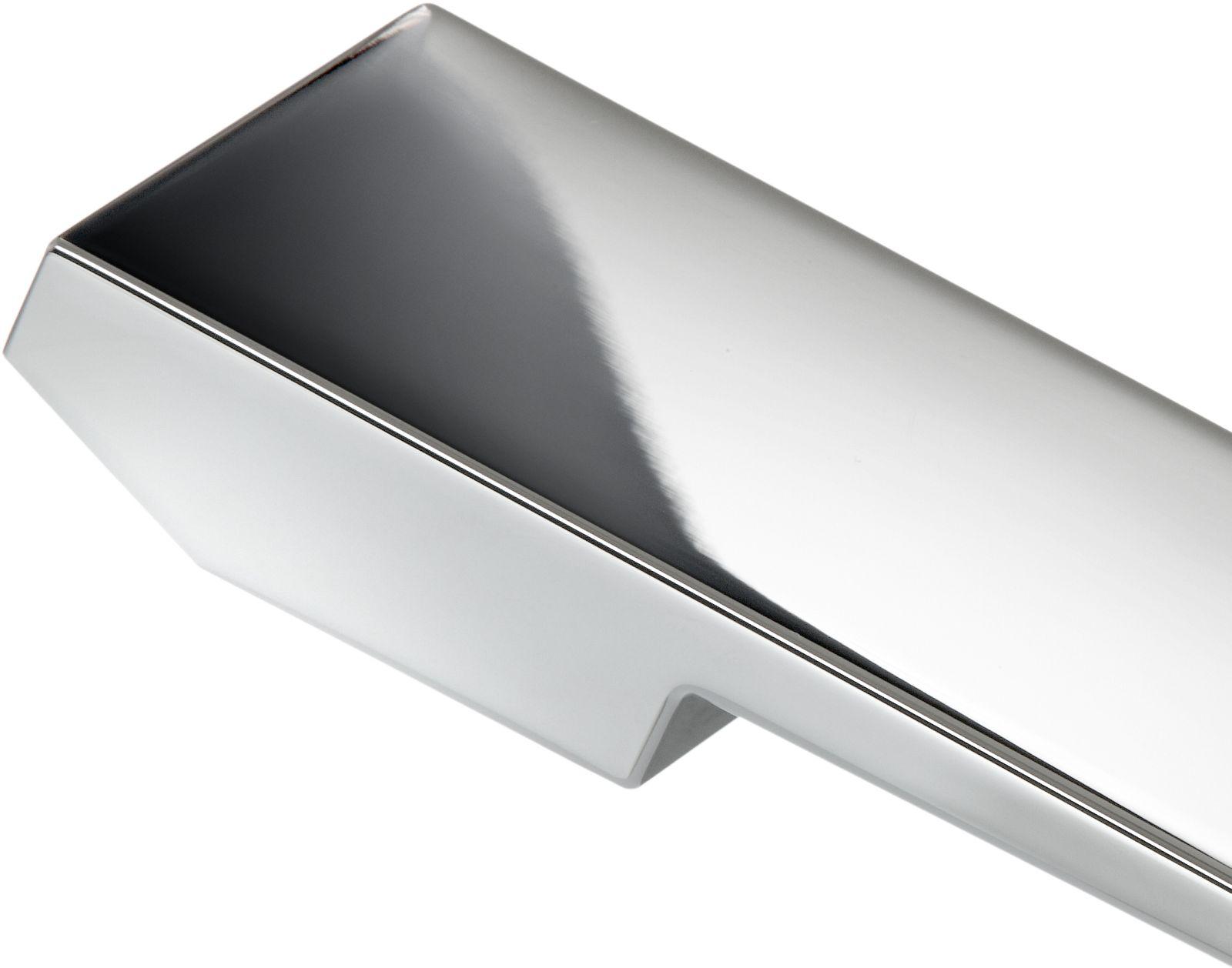 Ausschnitt eines Hebels aus verchromtem Zinkdruckguss für eine Sanitärarmatur